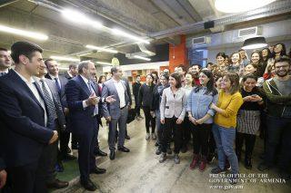 Նիկոլ Փաշինյանն այցելել է PicsArt ընկերության հայաստանյան գրասենյակ