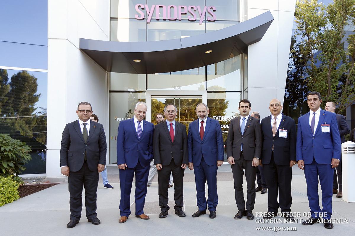 Սիլիկոնյան հովտում Նիկոլ Փաշինյանը հանդիպել է «Սինոփսիս» ընկերության ղեկավարության հետ