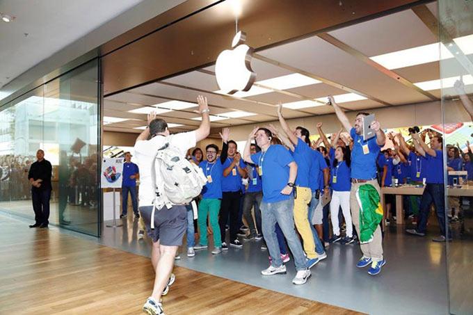 Բրազիլիայում բացվել է առաջին Apple Store-ը