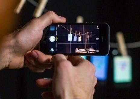 The Verge. Ինչպե՞ս ստանալ անթերի լուսանկարներ iPhone-ի միջոցով