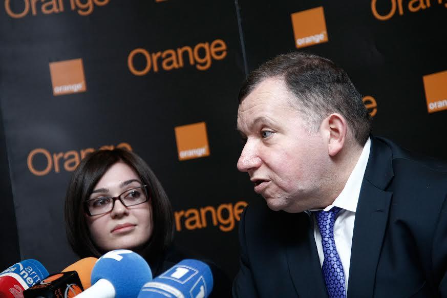 Օրանժ Արմենիա. նվեր հեռախոս և SIM քարտ