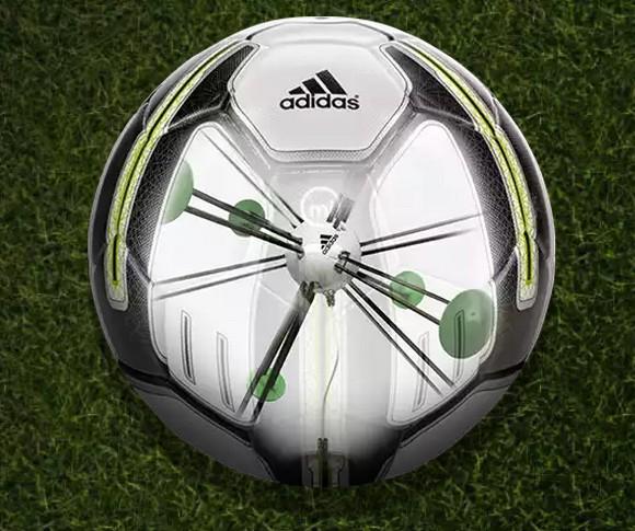 Adidas miCoach «խելացի» ֆուտբոլային գնդակ