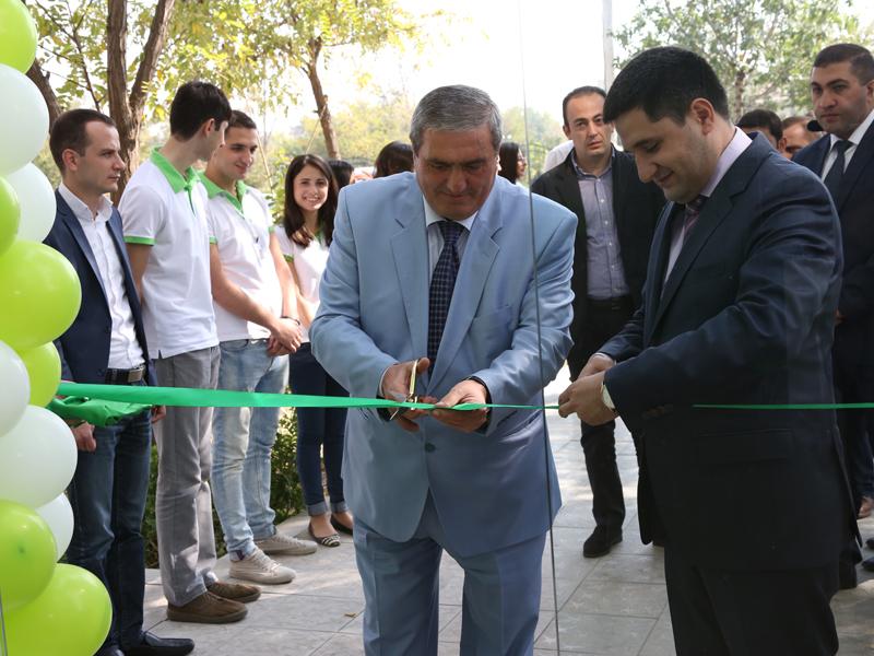 Ucom. նոր սպասարկման կենտրոն Արմավիր քաղաքում