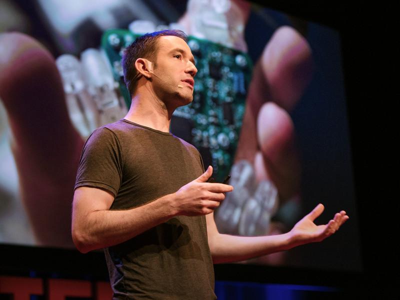 Ջեյմս Փաթեն. Համակարգչային լավագույն ինտերֆեյսը մարդու ձեռքերն են
