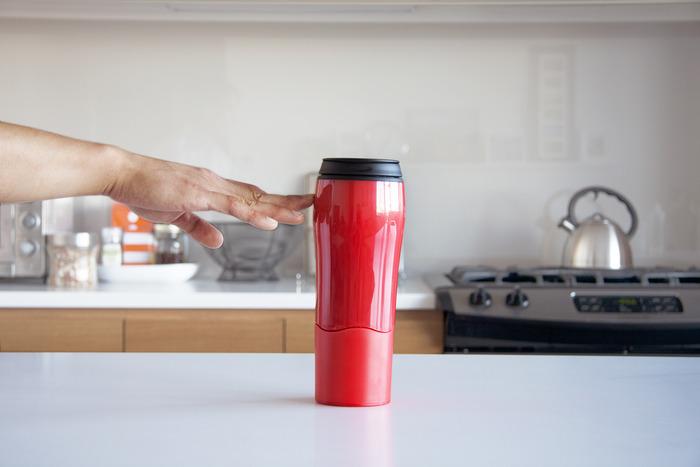 Mighty Mug. բաժակ, որը երբեք չի շրջվում