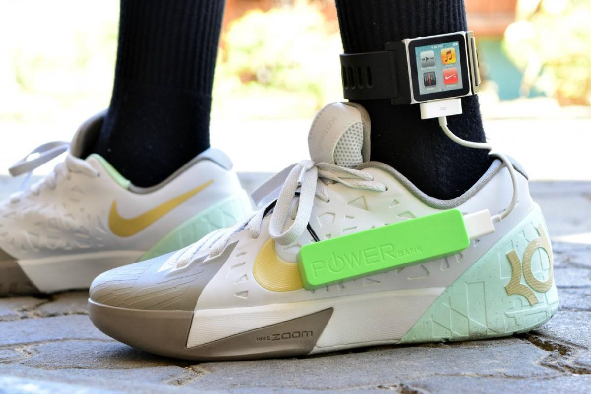 15-ամյա դեռահասը ստեղծել է սպորտային կոշիկներ, որոնք լիցքավորում են սմարթֆոնը