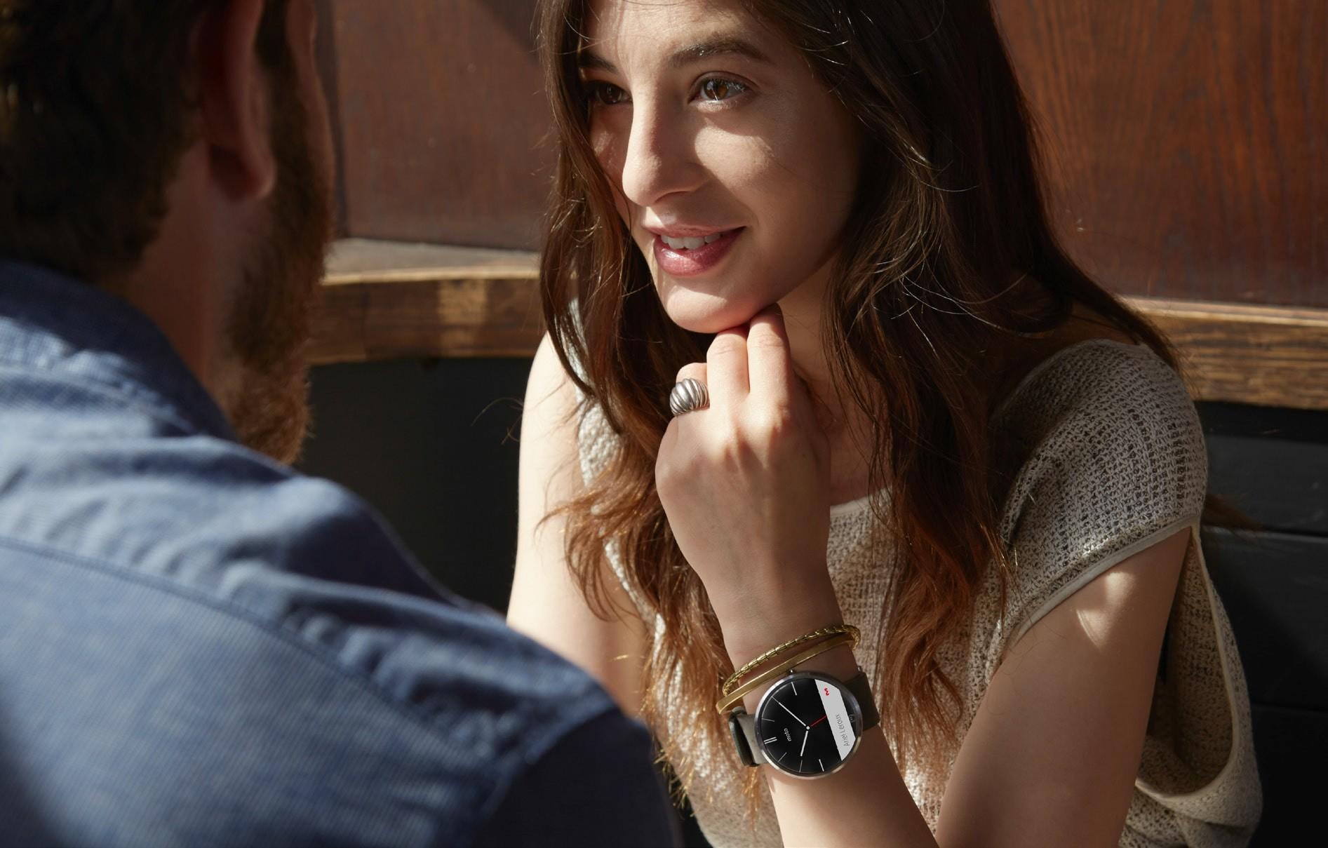 Motorola-ն ներկայացրել է Moto 360 «խելացի ժամացույցները»