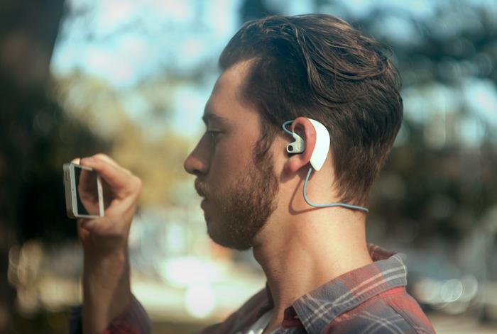 Hooke. 3D հնչողությամբ անլար ականջակալներ