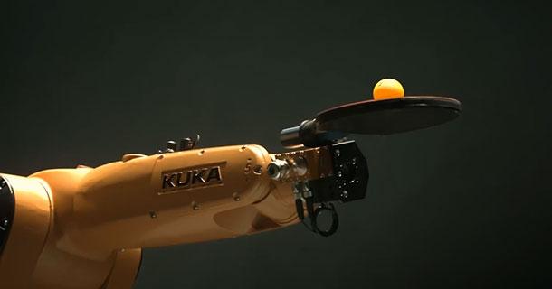 KUKA ռոբոտը պինգ-պոնգ է խաղում