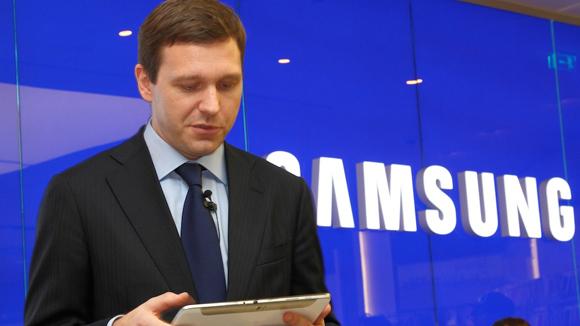 Ռուսաստանում Samsung Mobile-ի ղեկավարին մեղադրել են iPad-ի օգտագործման մեջ