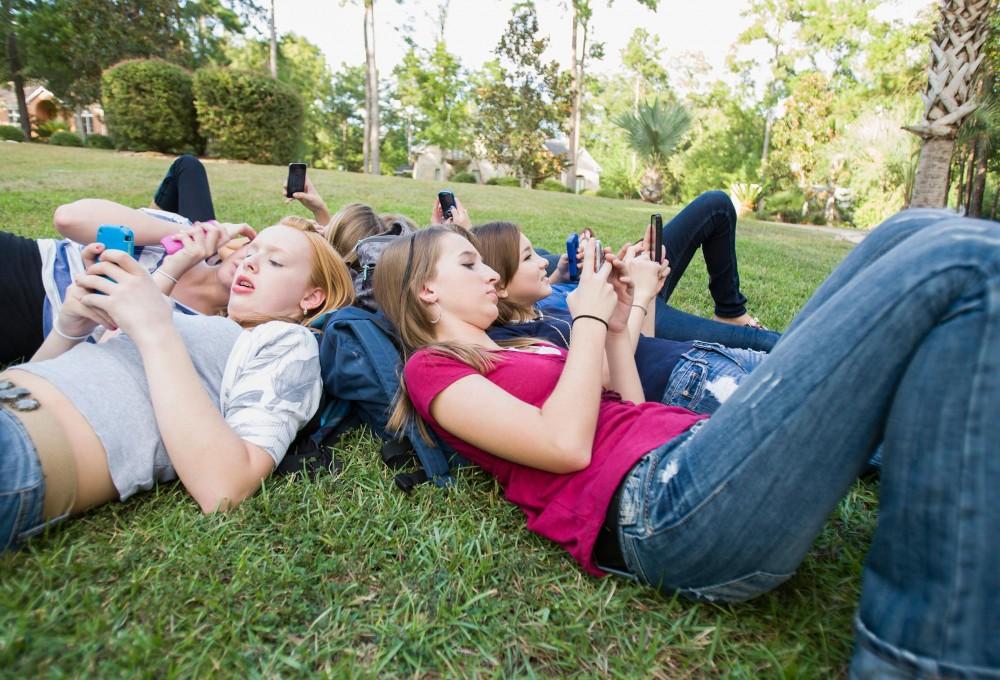 Սոցցանցերը նպաստում են դեռահաս աղջիկների ինքնագնահատականի անկմանը