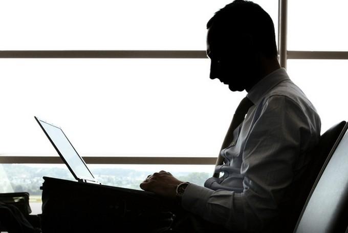 Ձեր MacBook-ը գողացե՞լ են. Գրեք այդ մասին Թիմ Քուքին