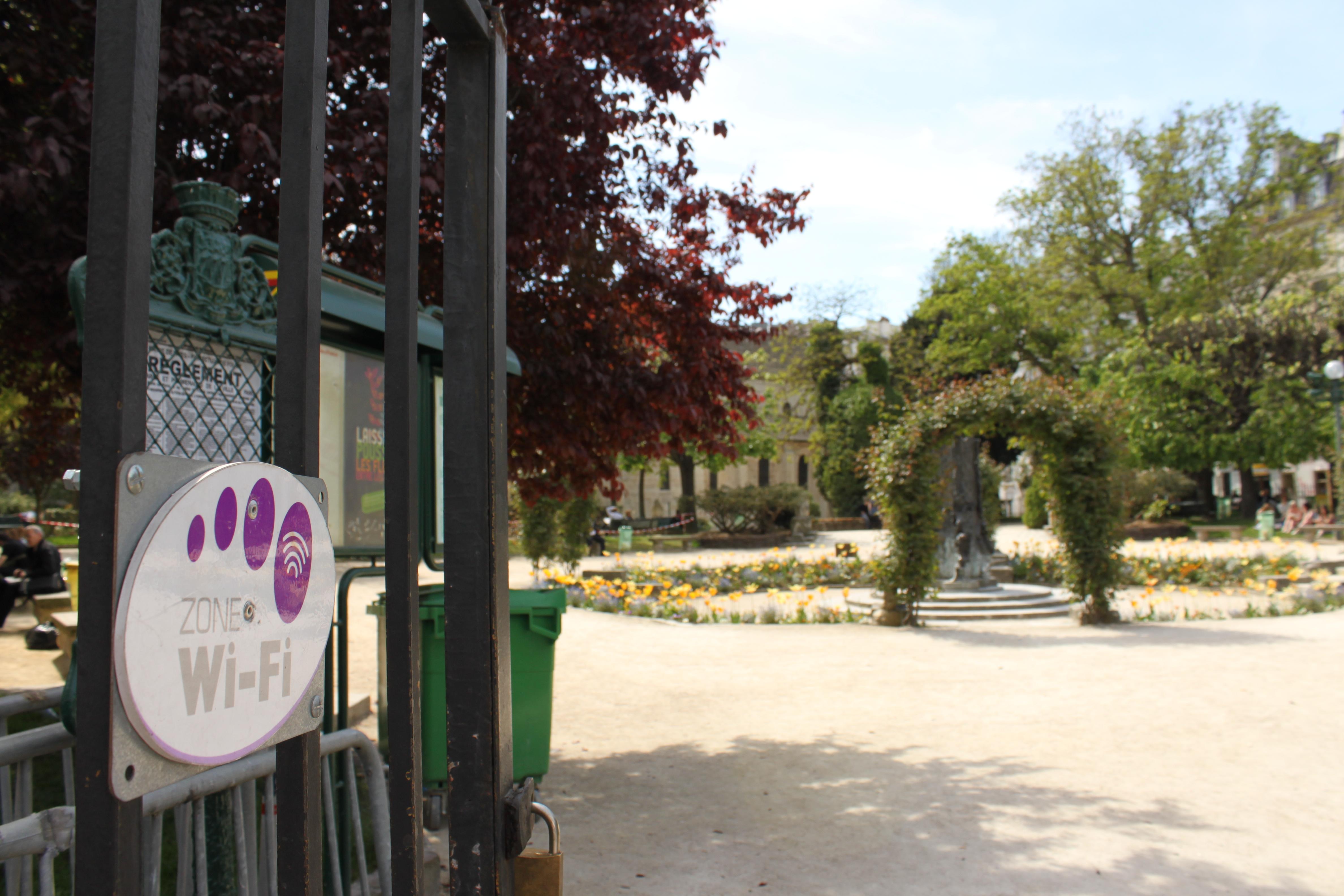 Ֆրանսիան արգելափակում է հասարակական Wi-Fi-ները