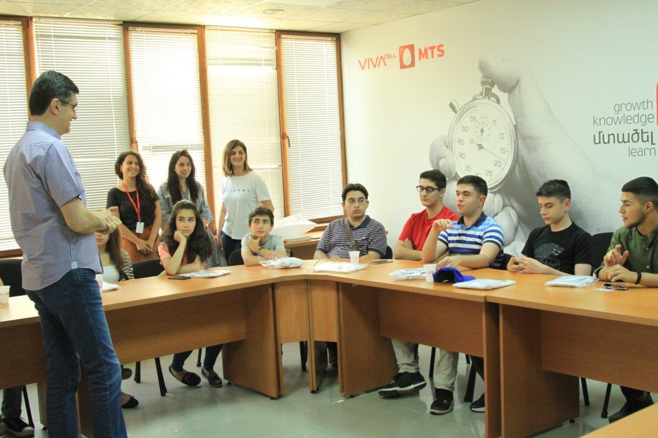 ՎիվաՍել-ՄՏՍ-ի աշխատակիցների երեխաներն այցելում են ծնողների աշխատավայր՝ մի շարք մասնագիտությունների ծանոթանալու նպատակով
